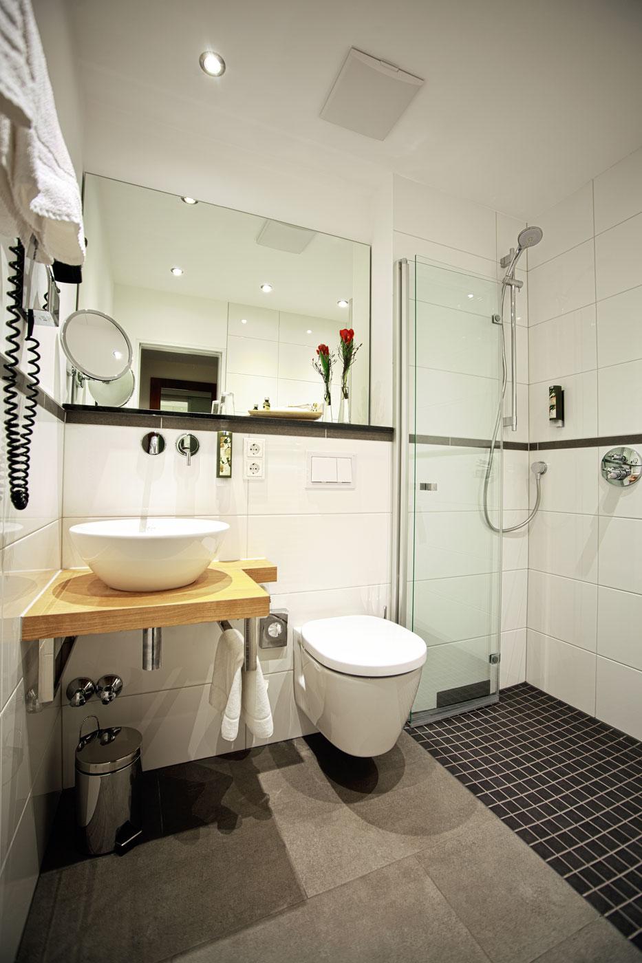 Ihr hotel in poppelsdorf president hotel for Badezimmer neu